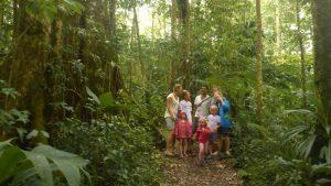 P1040339-Ausflug mit Nelias zum Papageienpark-klein