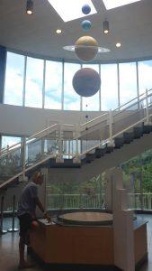 P1050449-Arecibo Lorenz unter Planeten-klein