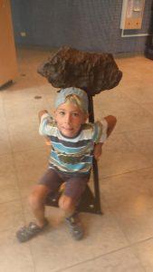P1050452-Arecibo Meteorit Sevi-klein