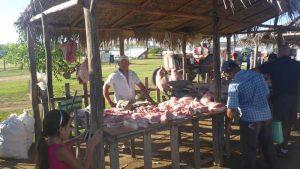 P1050802-Fleischverkauf-klein